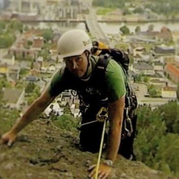 Henrik Ohrn klatrer 350x350