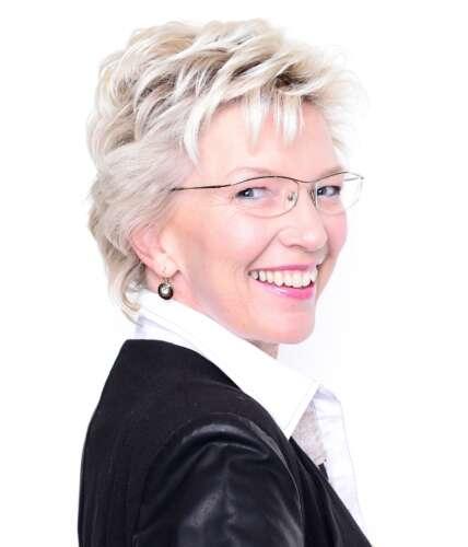 Annette Selmer2