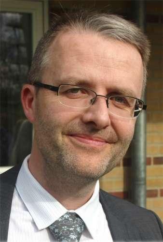 Simon Elvnaes2